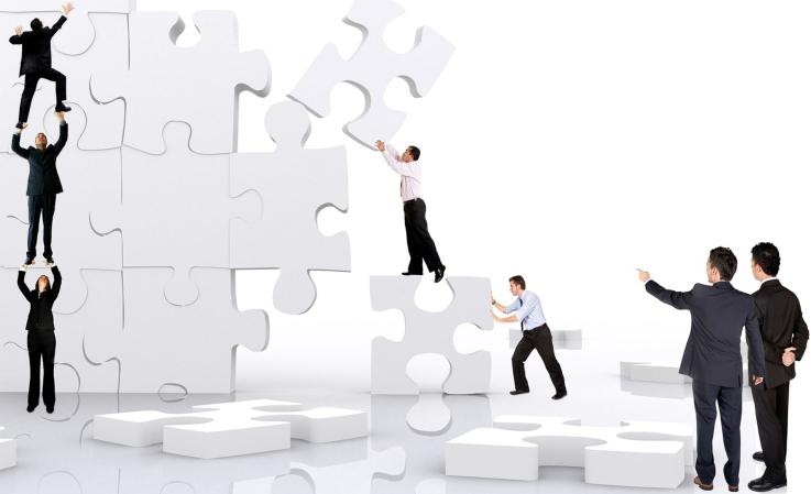 pag-34-y-35-seccion-estrategias-de-empresa-claudia-flores-feb-2013